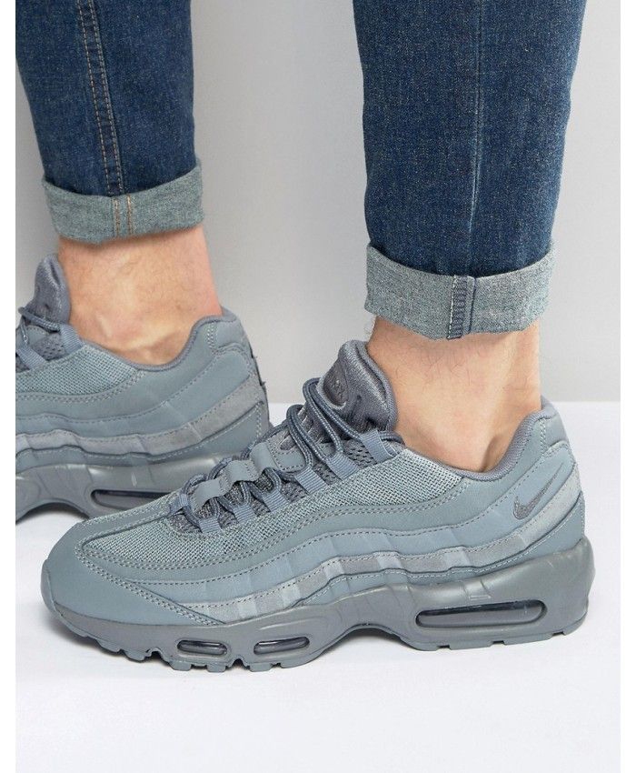 Chaussures Nike Air Max 95 Essential Gris