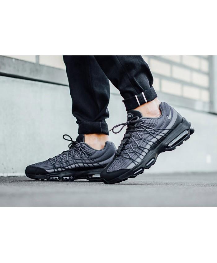 Chaussures Nike Air Max 95 Ultra SE Noir Gris