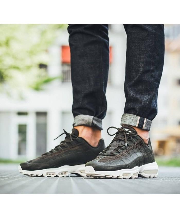 Chaussures Pas Cher Nike Air Max 95 Ultra Essential Kaki