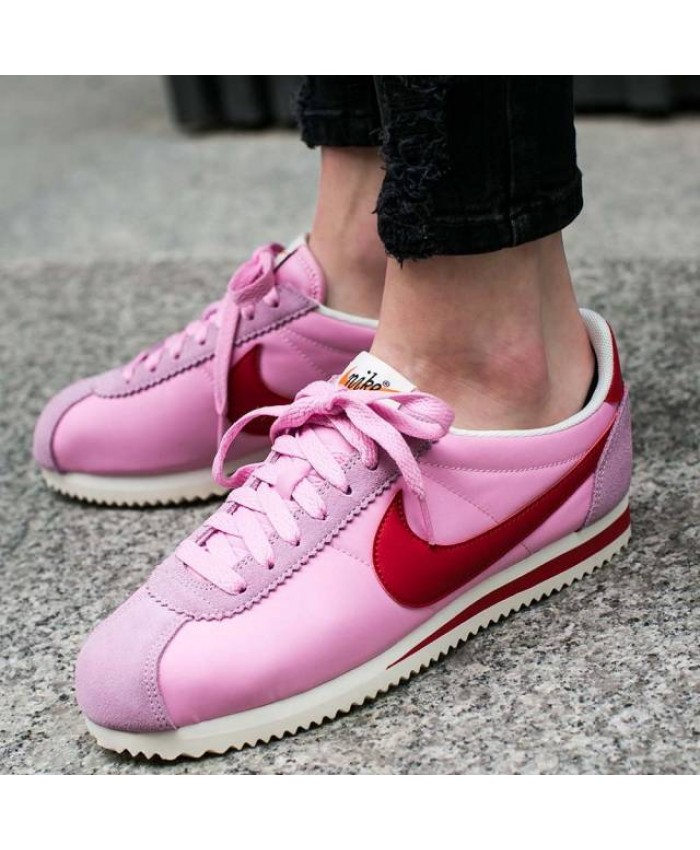 Femme Nike Cortez Classic Cortez Nylon Premium Rose