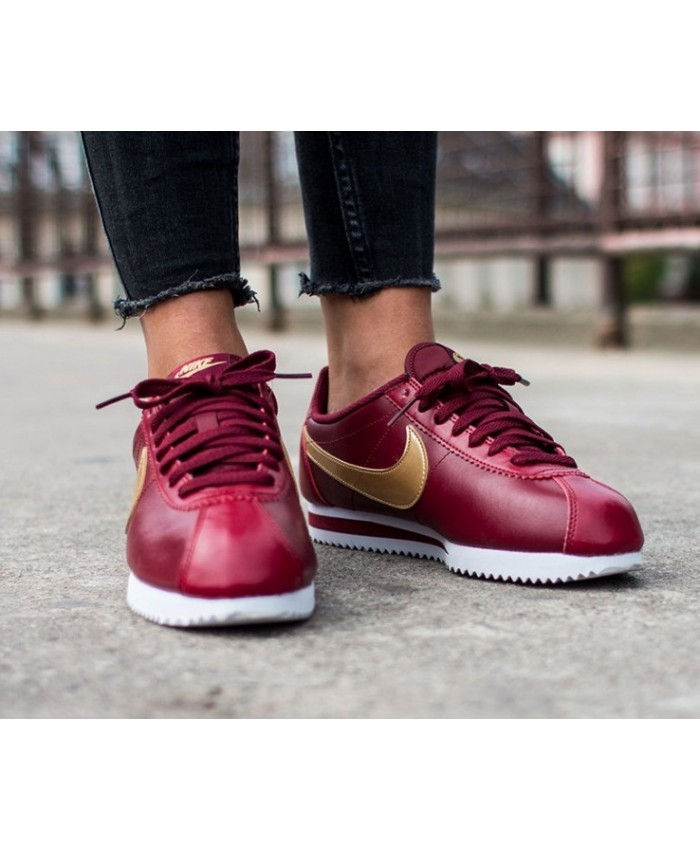 Femme Nike Cortez Classic Cuir Bourgogne Or