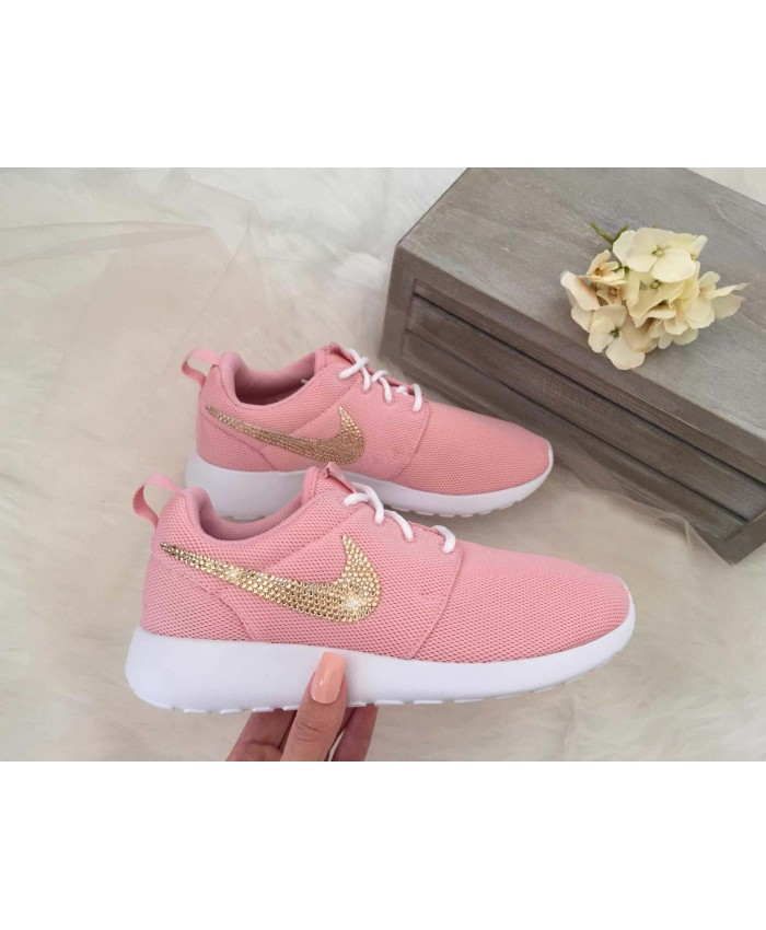 Femme Nike Roshe One Rose with Rose Or Swarovski Crystals