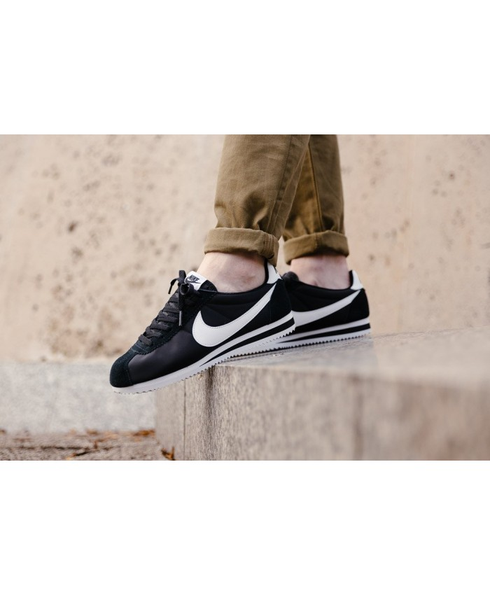 Homme Nike Cortez Classic Noir Blanc