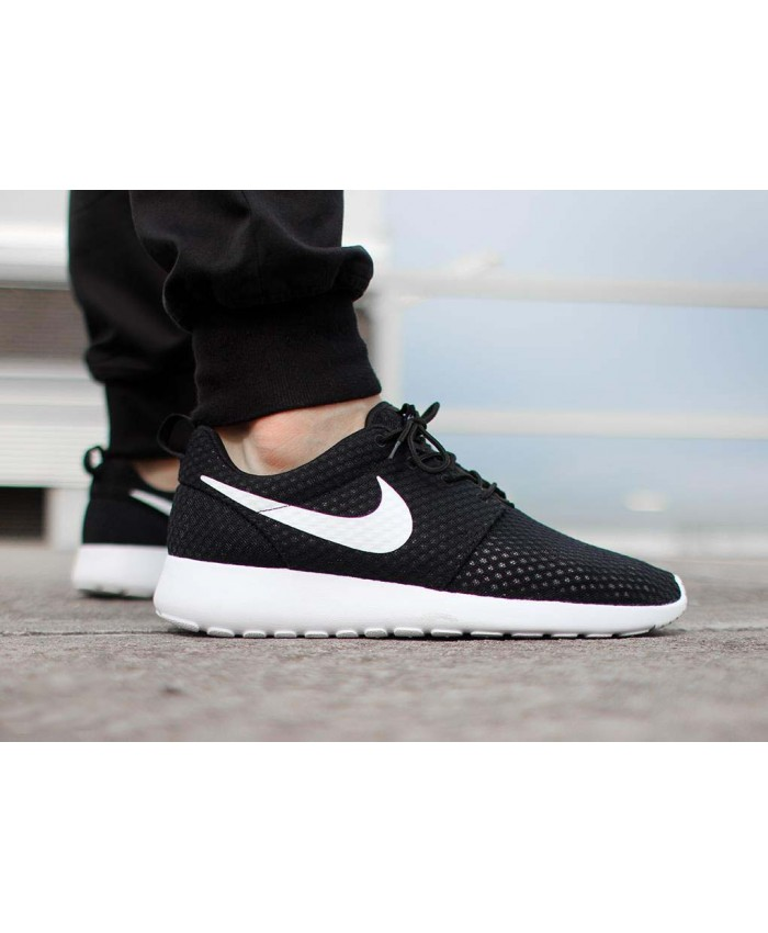 Homme Nike Roshe One Noir Blanc