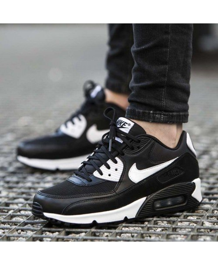 Nike Air Max 90 Essential Noir Blanc