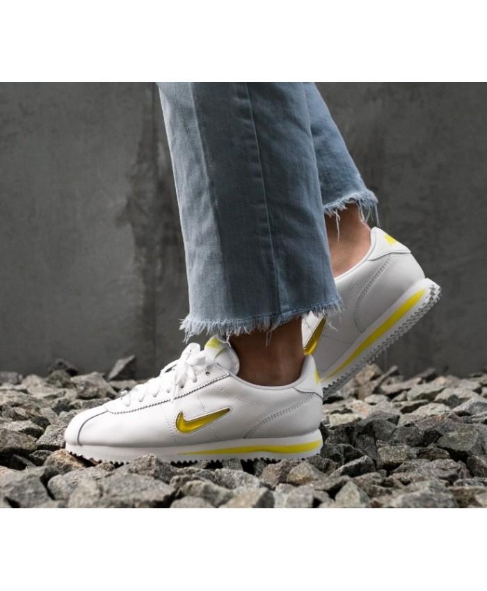 Nike Cortez Femme Basic Jewel'18 Blanc Jaune